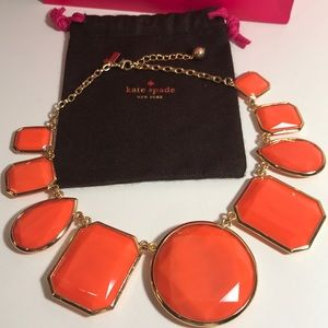 Kate spade orange and gold statement necklace🍒